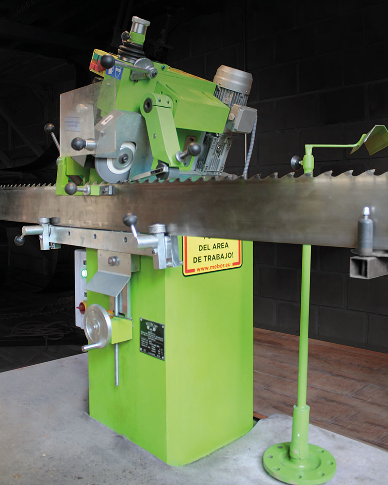 MN-7-sharpening-machine-